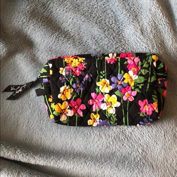 Vera Bradley Handbags - Vera Bradley Makeup Bag